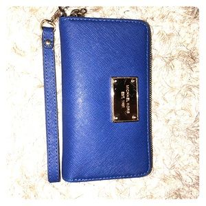 Michaels Kors Wristlet